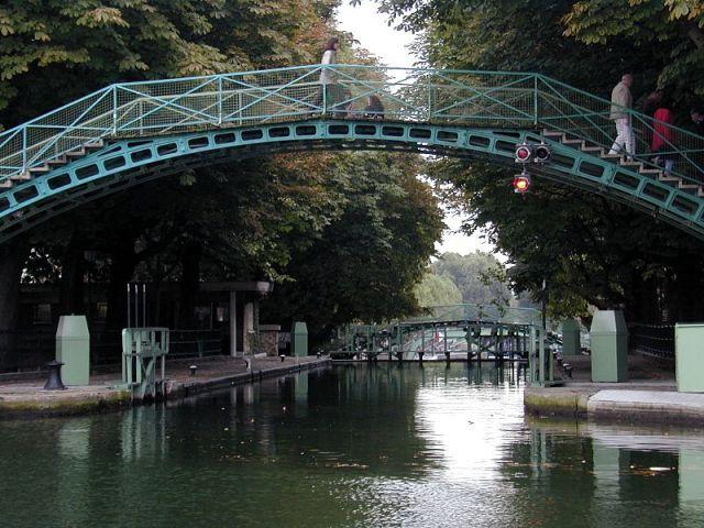 800px-Canal_Saint-Martin_1